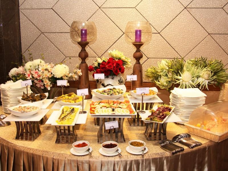 Đặt tiệc buffet lưu động tại nhà với dịch vụ tiệc uy tín tại Hà Nội